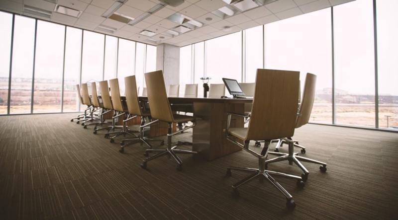 Phòng họp với thiết kế đơn giản nhưng mang lại cảm giác thông thoáng, sạch sẽ